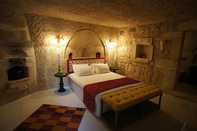 hezen cave suites