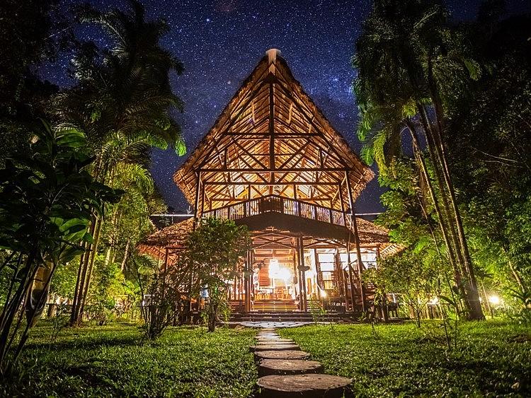 Large refugio amazonas stars  medium